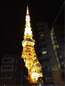 昭和のタワーもなかなかいい雰囲気です!!